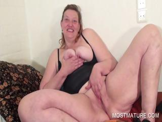 Nasty mature spreading twat in close-up