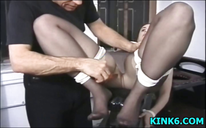 Porno Video of Sexy Babe Tits Punished