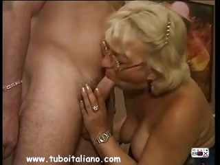 Porn Tube of Italian Blonde Mature Matura Italia