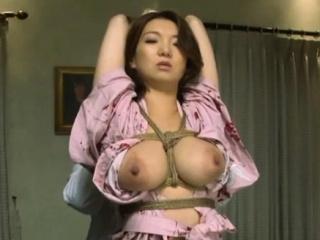 Порно трахнул японскую учительницу