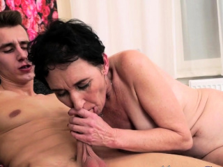 Порно полная пизда и рот спермы смотреть порно