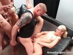 Порно женский оргазм фонтаном