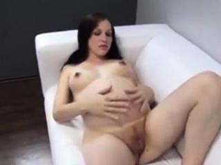 Порно с очень красивыми милфами