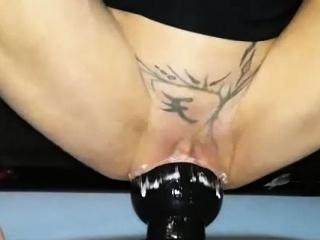 Смотреть порно двойное проникновение женщин