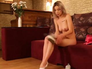 Домашнее порно фото молодой пары