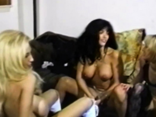 Молодые порно с соседкой брюнетки частное