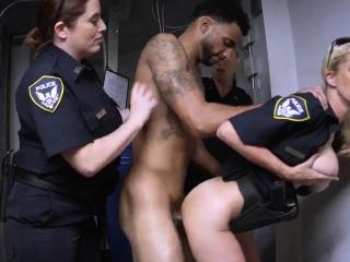 Бесплатное порно красивые мамки хотят секса молодые смотреть порно