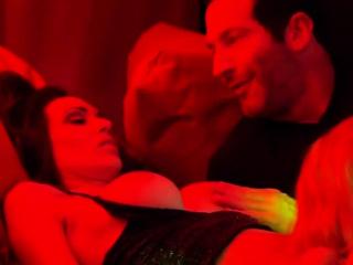 Русское лесби анал порно с разговорами