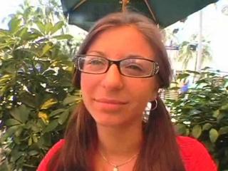 Красивая пизда молодой русской девушки