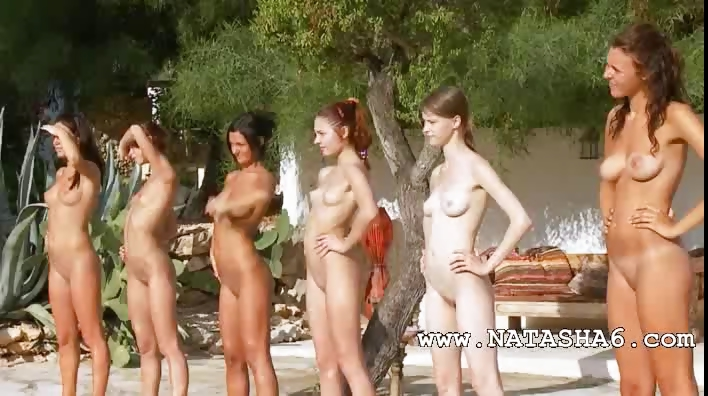 Porno Video of Six Naked Girls By The Pool From France