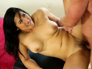 Sexy masseuse gives happy ending massage