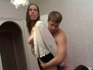 Porno Video of Russian Mature Housewife With Young Boy