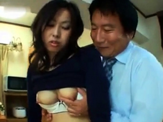 Tysingh – Japanese uncensored lactating breast feeding