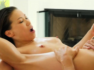 Asian masseuse milf blows