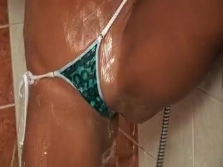 Porno Video of Sabrina Sweet In The Shower