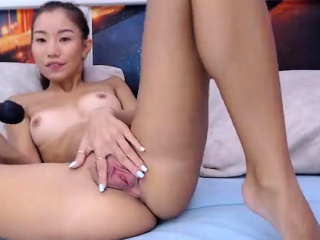 slut asian flowerr fingering herself on live webcam