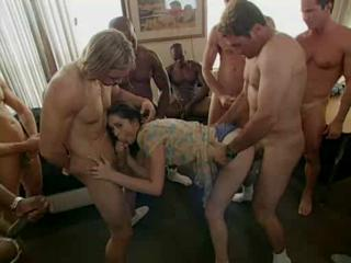 Porno Video of Gang Bang Girl Part1