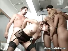 Снять проститутку в москве дешево как