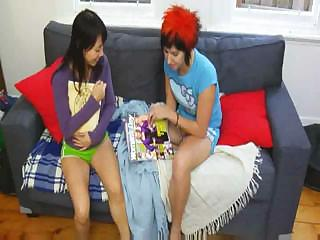 Girls Love To Masturbate : Mei & Kelie.