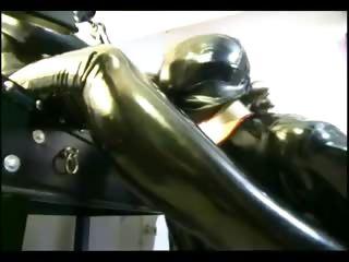 Мегадилдо в жопе смотреть порно