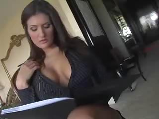 Porn Tube of Austin Kincaid Horny Mature