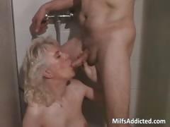 смотреть порно женщины дрочат мужикам бесплатно