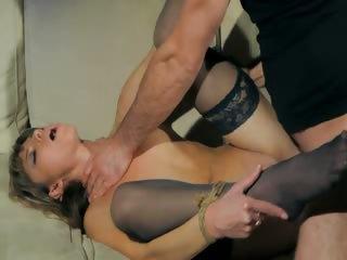 Порно секс со зрелыми мамашами