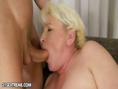 Порно зрелых небритых женщин