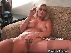 Порно малышки за деньги