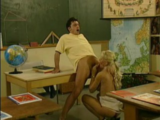 Porno Video of Kelly Trump Teacher