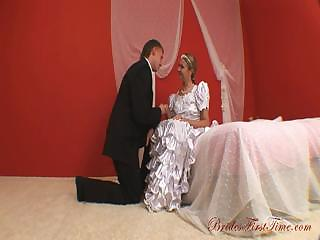 Porn Tube of Attractive Bride Helen During Her Wedding Night