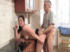 Секс с мамой в одноместном номере фото 261-676