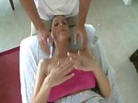 Чувственный массаж превращается ебать