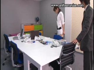 Asian office secretary fuck at meeting room