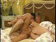 zhenskie-rotiki-zaliti-spermoy