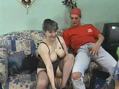 Зрелое порно видео с сыном и матерью