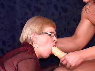 German Granny Threesome
