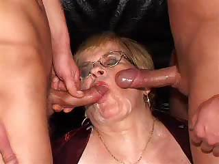 Porno Video of German Granny Threesome