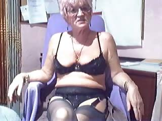 Porno Video of Amateur Webcam Kinky Granny Compilation
