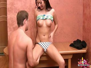 Porn Tube of Young Cassie Wants To Try Hardcore Sex