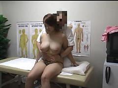 Частное порно видео на приёме у врача грудастой девушки онлайн просмотр