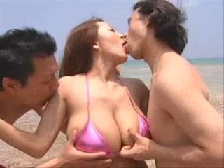Busty Asian Hitomi Tanaka Threesome