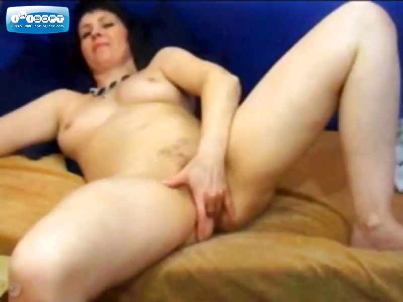 Porn Tube of Mature On Webcam Fingering Her Pussy