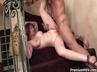 Porno Video of Sexy Momma In Stairway
