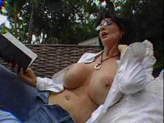 HORNY BUSTY MATURE DEAUXMA FUCKS A YOUNG GUY -BR