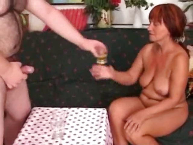 Porn Tube of Piss-and-cum-drinking-italian-granny