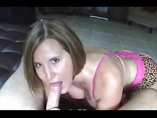 Porno Video of Desirae Hot Pink Blowjob