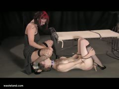 Потеря девственности порно видео