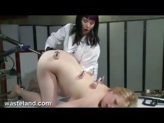 Нарезка бурных оргазмов зрелых