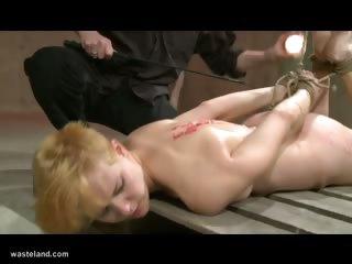 Порно мастурбация клитора бдсм